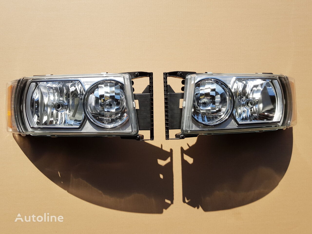 new SCANIA headlight for SCANIA R tractor unit