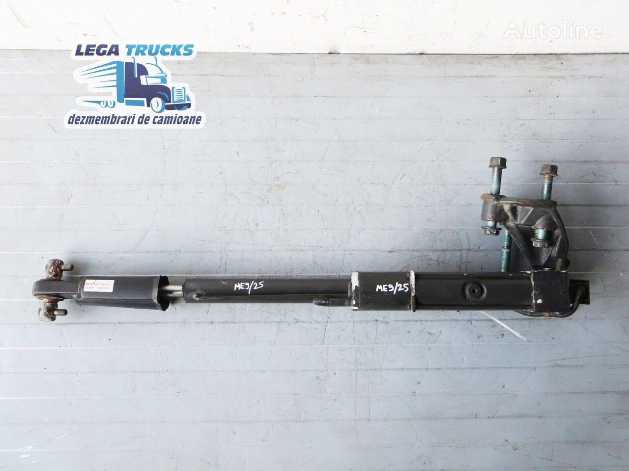 Cilindru Rabatare Cabina Cu Pompa Electrica hydraulic cylinder for MERCEDES-BENZ Actros tractor unit