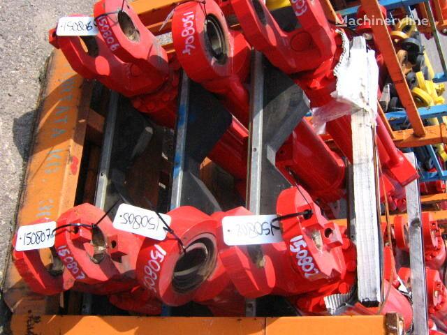 hydraulic cylinder for O&K excavator