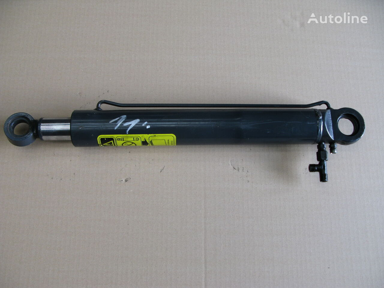 SCANIA hydraulic cylinder for SCANIA R tractor unit