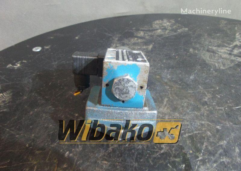 BOSCH 0810091266 (0810091266) hydraulic distributor for excavator