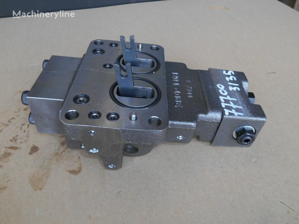 new CASE hydraulic distributor for excavator