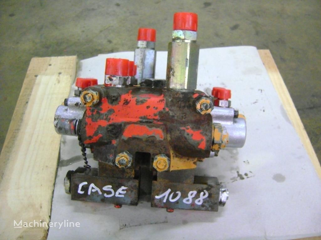 CASE hydraulic distributor for CASE 1088 excavator