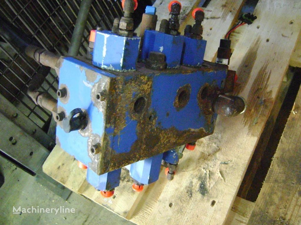 FIAT-KOBELCO hydraulic distributor for FIAT-KOBELCO W 130 Evo wheel loader