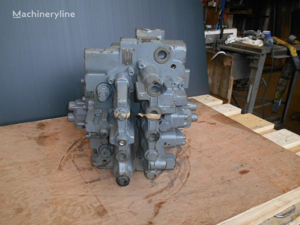 HITACHI HCV06 EK-101 hydraulic distributor for excavator