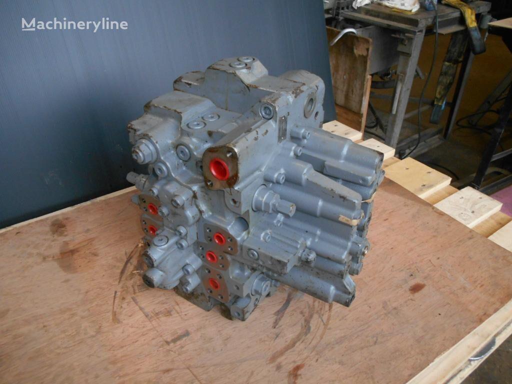 HITACHI HCV06 EQ-101 hydraulic distributor for excavator