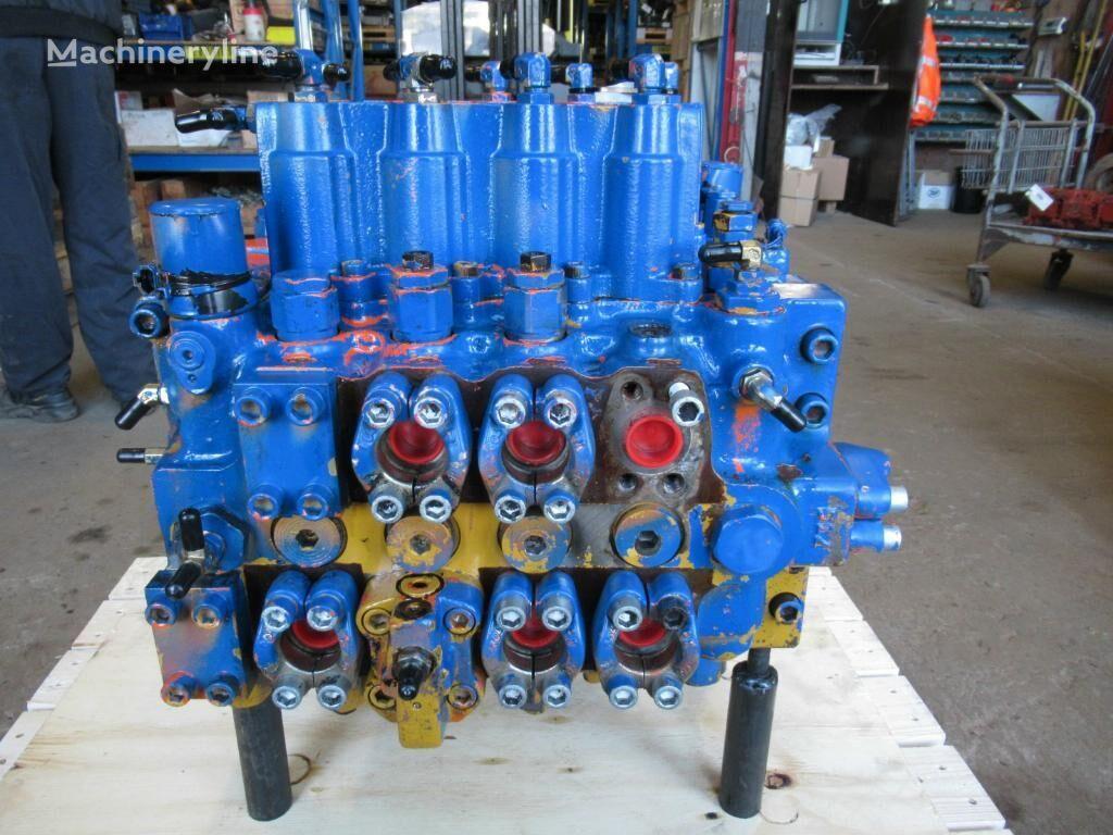 HITACHI UHX36-52 hydraulic distributor for excavator