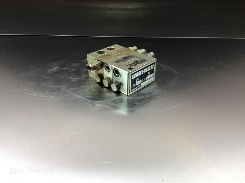LIEBHERR Distribution Block (10018742) hydraulic distributor for LIEBHERR A900C Li /R900C Li excavator