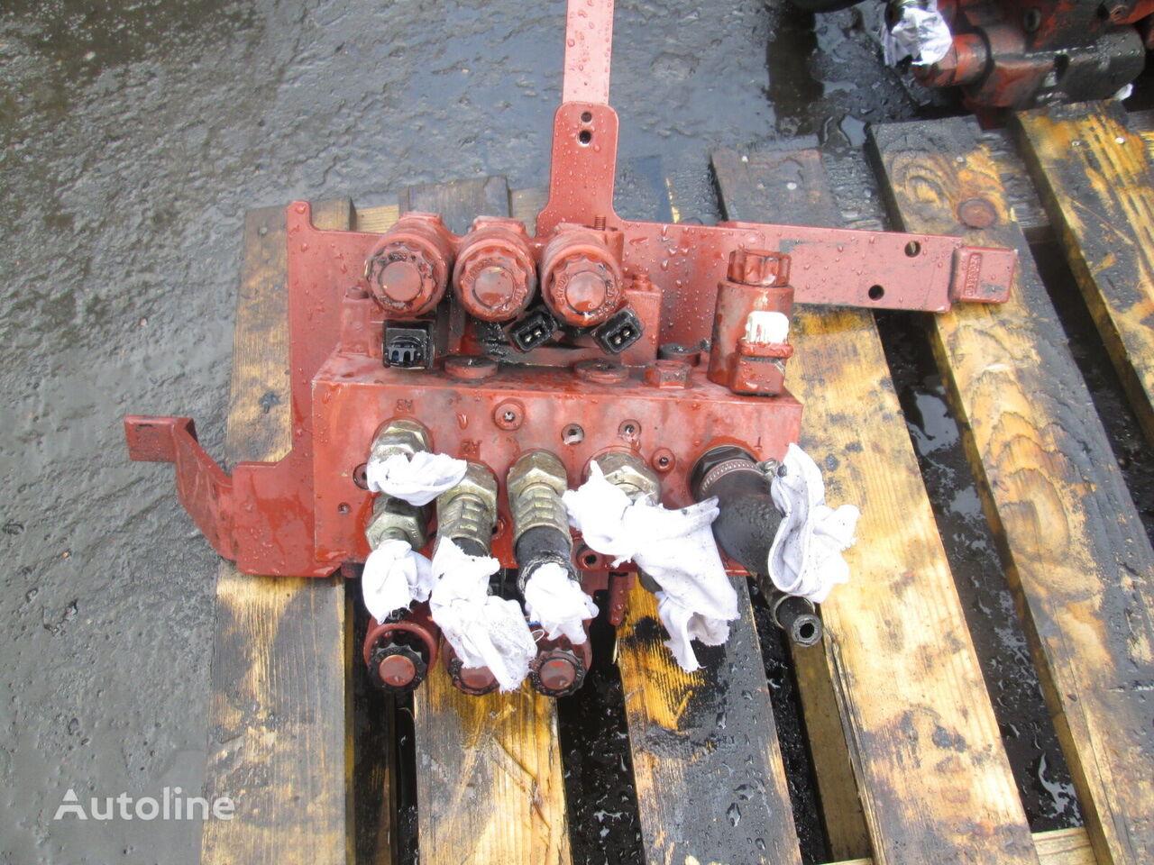 LINDE hydraulic distributor for LINDE H30D forklift