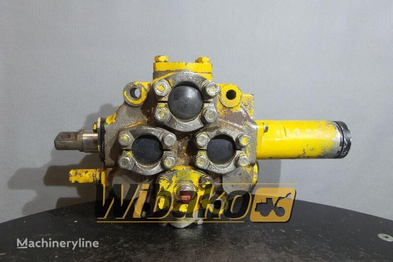O&K D30 hydraulic distributor for O&K D30 M/1 excavator