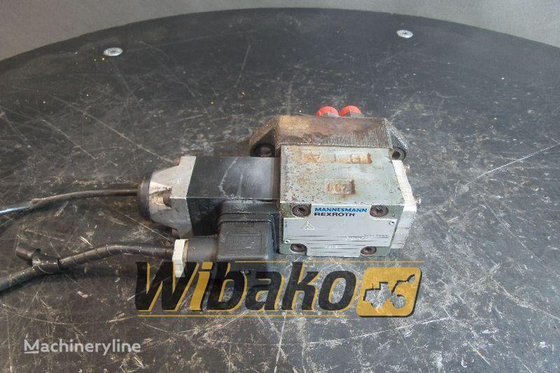 Rexroth 3WE6A53/AG24NZ4 hydraulic distributor for excavator
