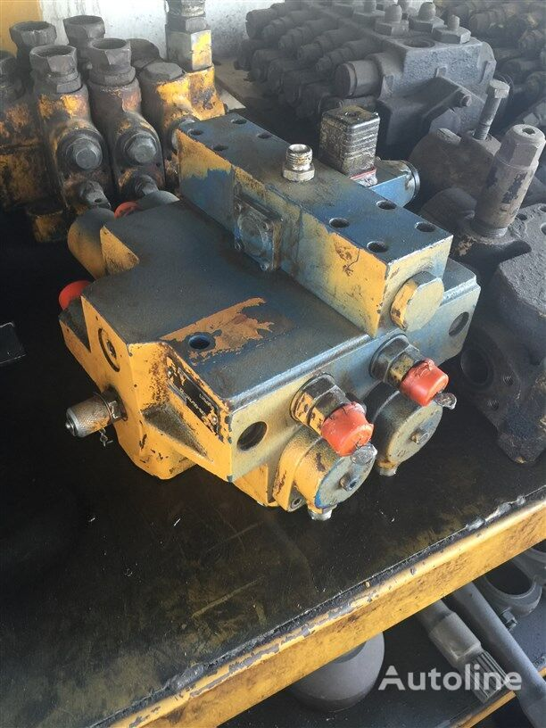 USED LIEBHERR L531 L541 L551 LOADER CONTROL VALVE BLOCK hydraulic distributor for LIEBHERR 531 / 541 / 551 wheel loader