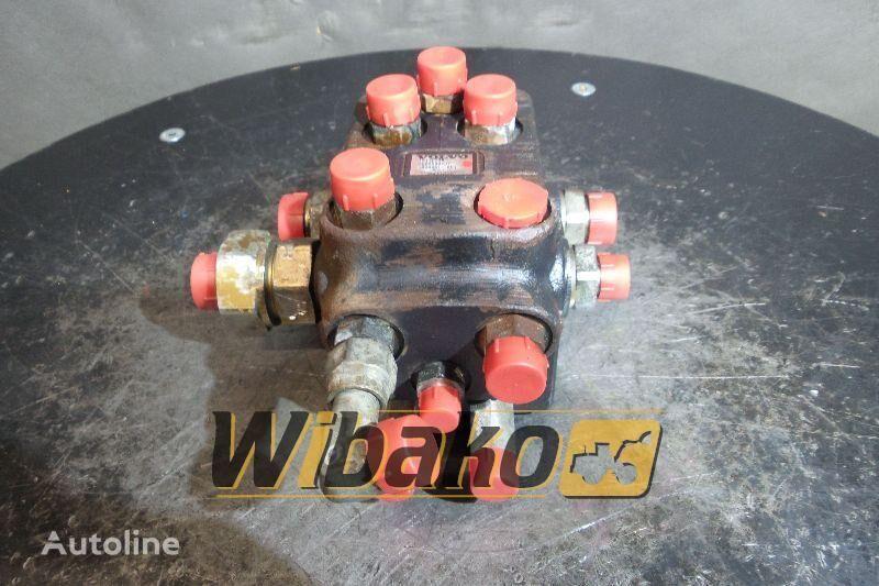 VOLVO 15170348 hydraulic distributor