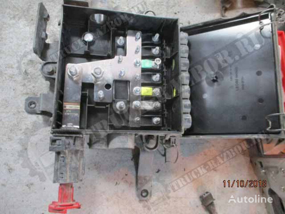 naya korobka hydraulic distributor for MERCEDES-BENZ tractor unit