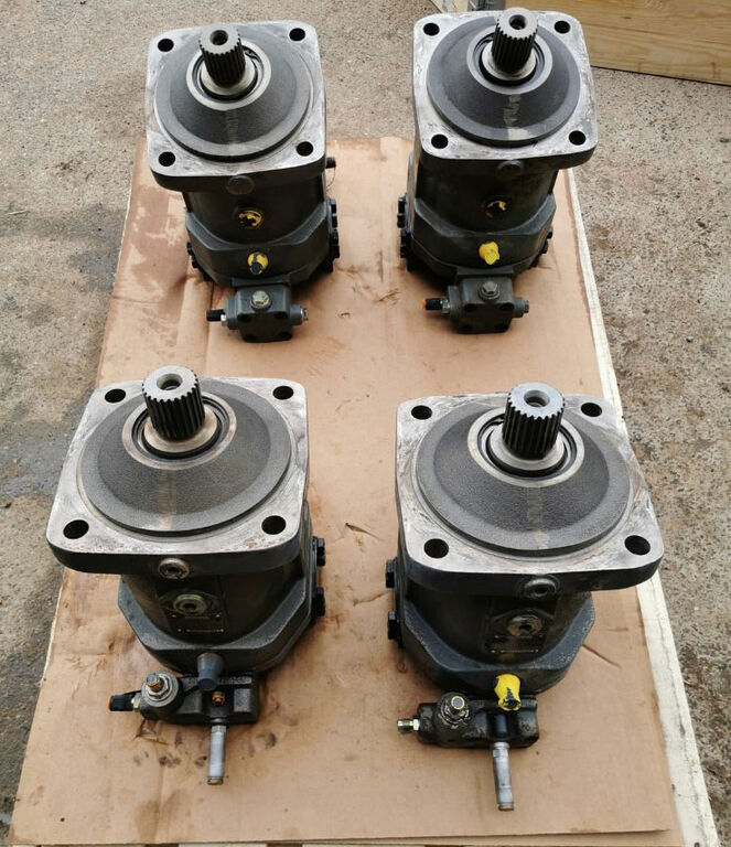 BOMAG 23421484 hydraulic motor for BOMAG BC972RB-2 compactor