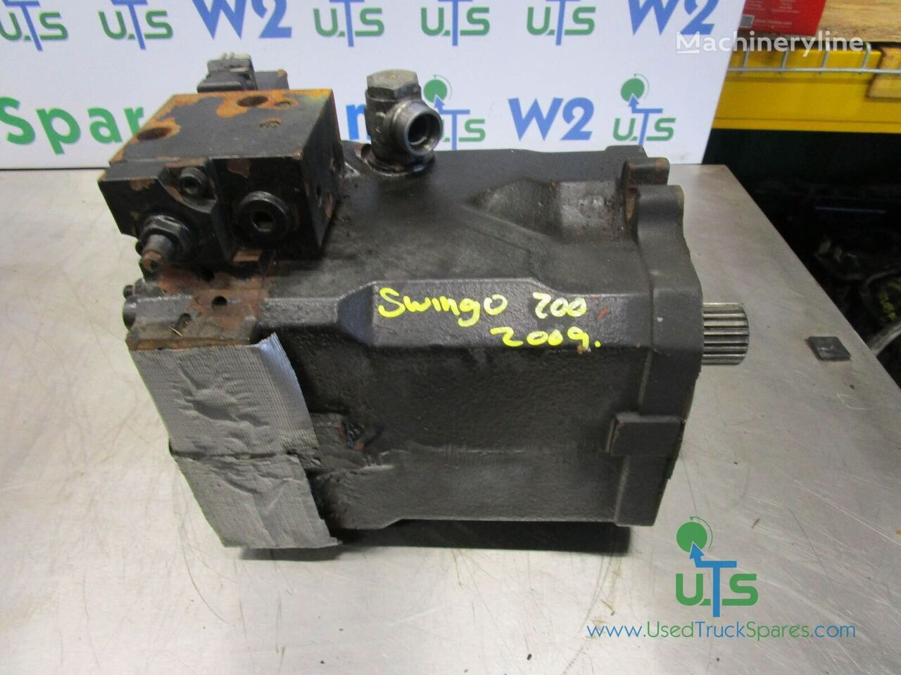 LINDE hydraulic motor for SWINGO 200 REAR road cleaning equipment