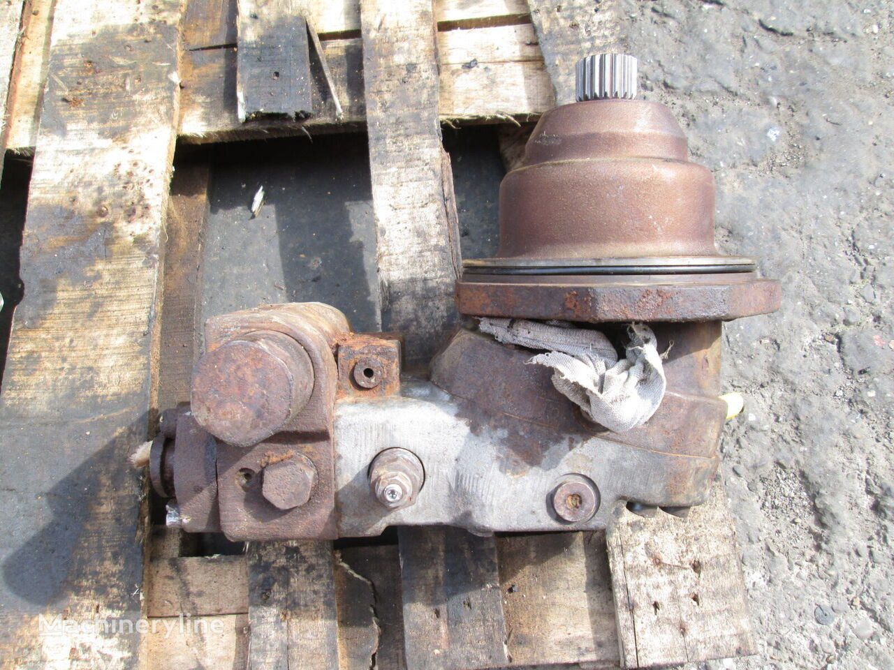 VOLVO hydraulic motor for excavator