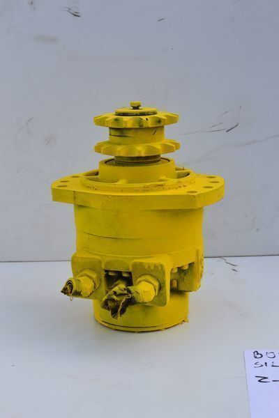 CATERPILLAR hydraulic pump for CATERPILLAR 236  skid steer