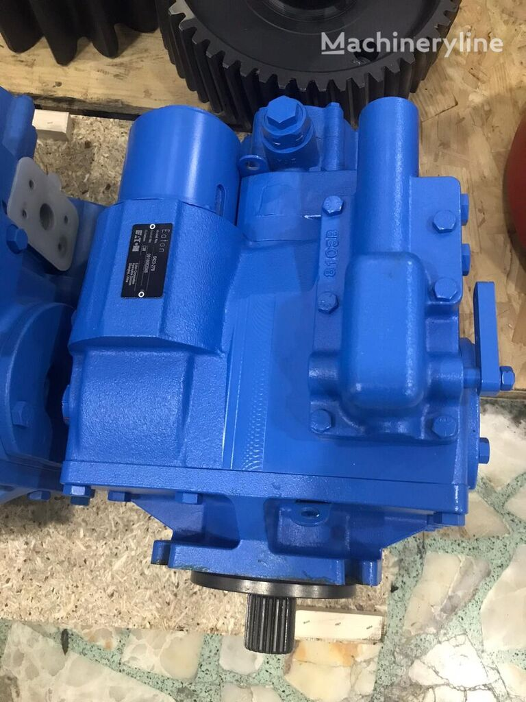 new EATON hydraulic pump for concrete mixer truck