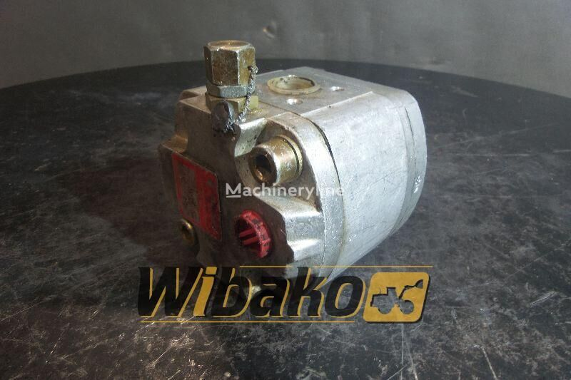 Hydraulic pump Poclain 70316908 hydraulic pump for 70316908 excavator