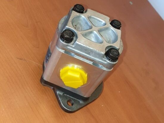 JCB (BOMBA HIDRÁULICA) hydraulic pump for JCB 1CX, 2CX, 3CX, 4CX backhoe loader