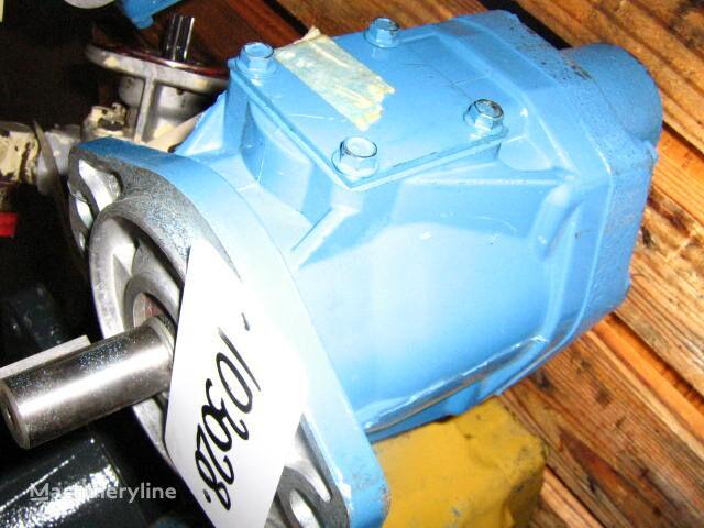 new hydraulic pump for O&K excavator
