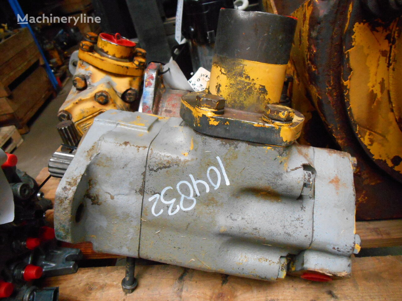 P&H Vickers 3525V25A 12 11AA hydraulic pump for P&H F22 mobile crane