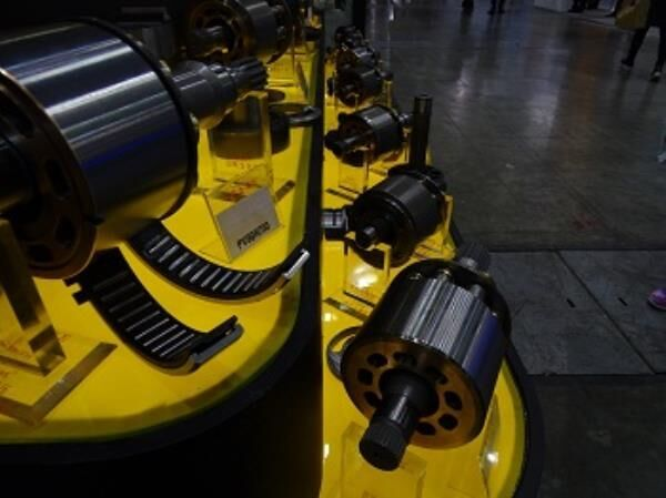 PV90R250 İÇ GRUP hydraulic pump for LIEBHERR construction roller