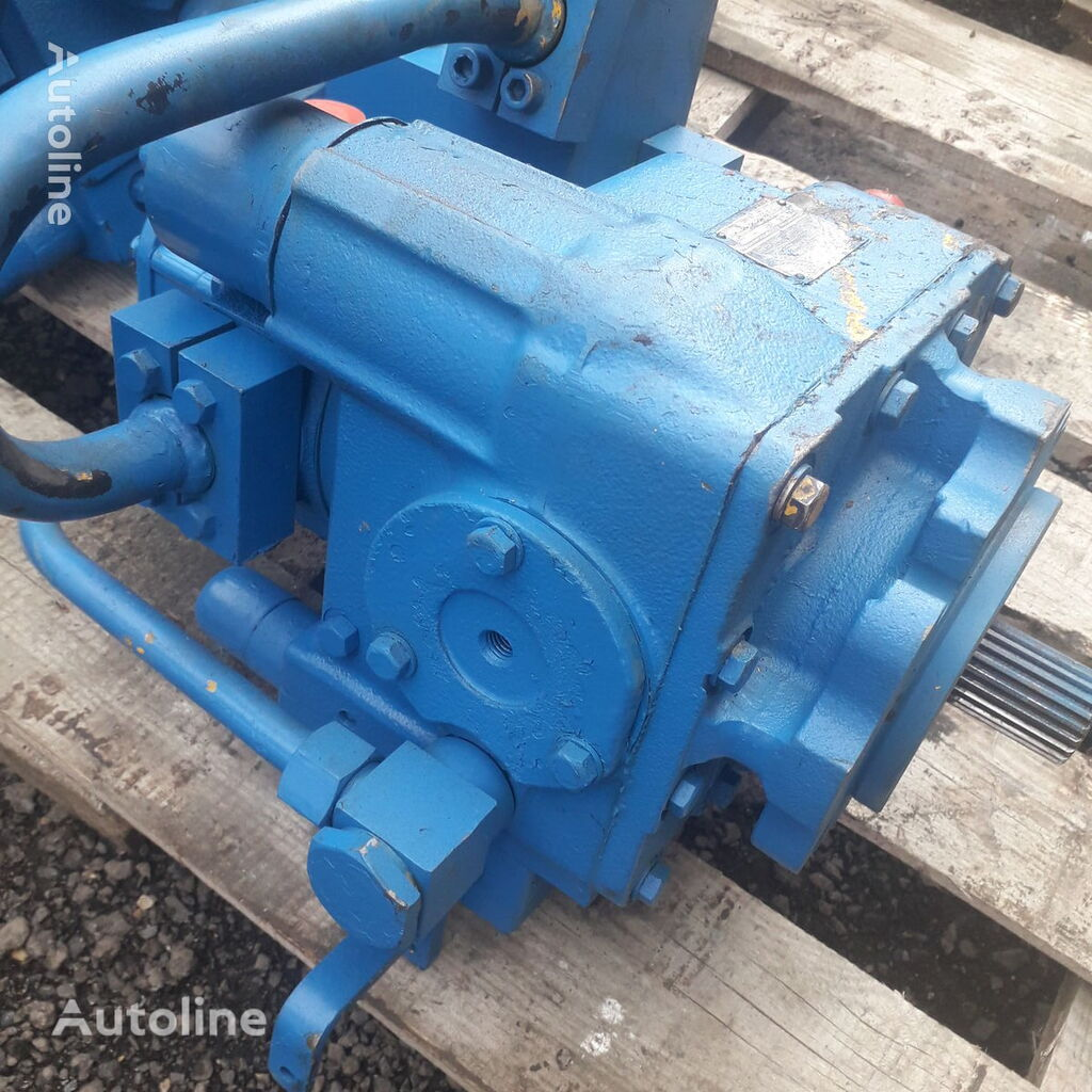 Sauer-Danfoss SPV-22 hydraulic pump for construction roller
