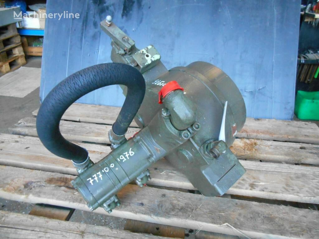Unknown - Unknown hydraulic pump for excavator