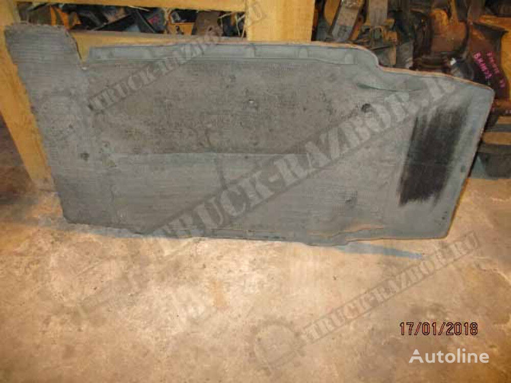 perednee, R mudguard for MAN tractor unit