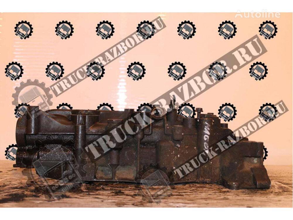 RENAULT oil filter housing for RENAULT Magnum D13  tractor unit