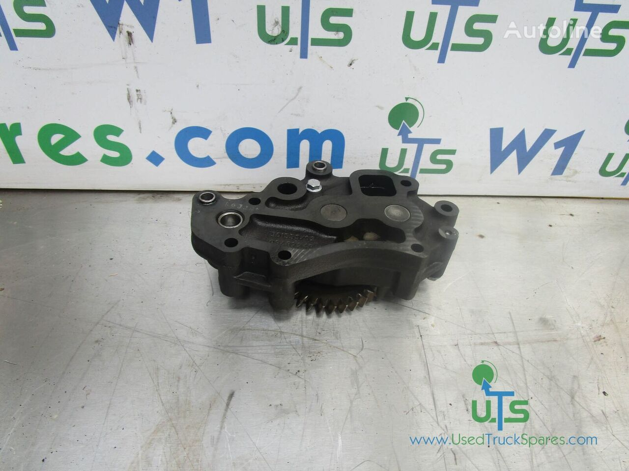 IVECO oil pump for IVECO CURSOR truck