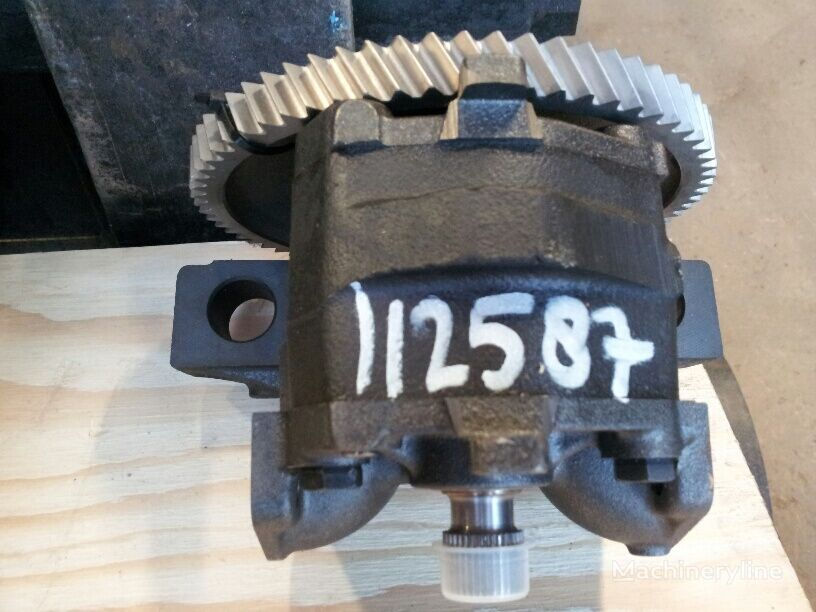 Unknown oil pump for excavator