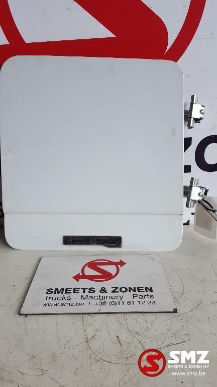 MERCEDES-BENZ Occ klep gereedschapskoffer/materiaalkist rechts (9437500502) other cabin part for truck