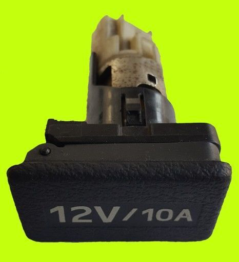 RENAULT GNIAZDO ZAPALNICZKI 12V/10A other electrics spare part for RENAULT MAGNUM DXI PREMIUM DXI tractor unit