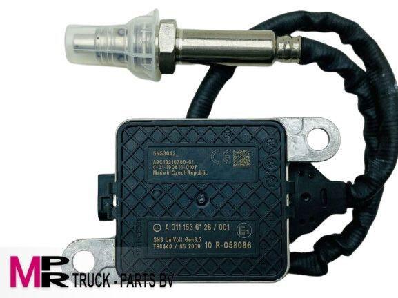 MERCEDES-BENZ noxsensor A0111536128, A 011 153 61 28, A2C18643600 other exhaust system spare part for Mercedes-Benz truck