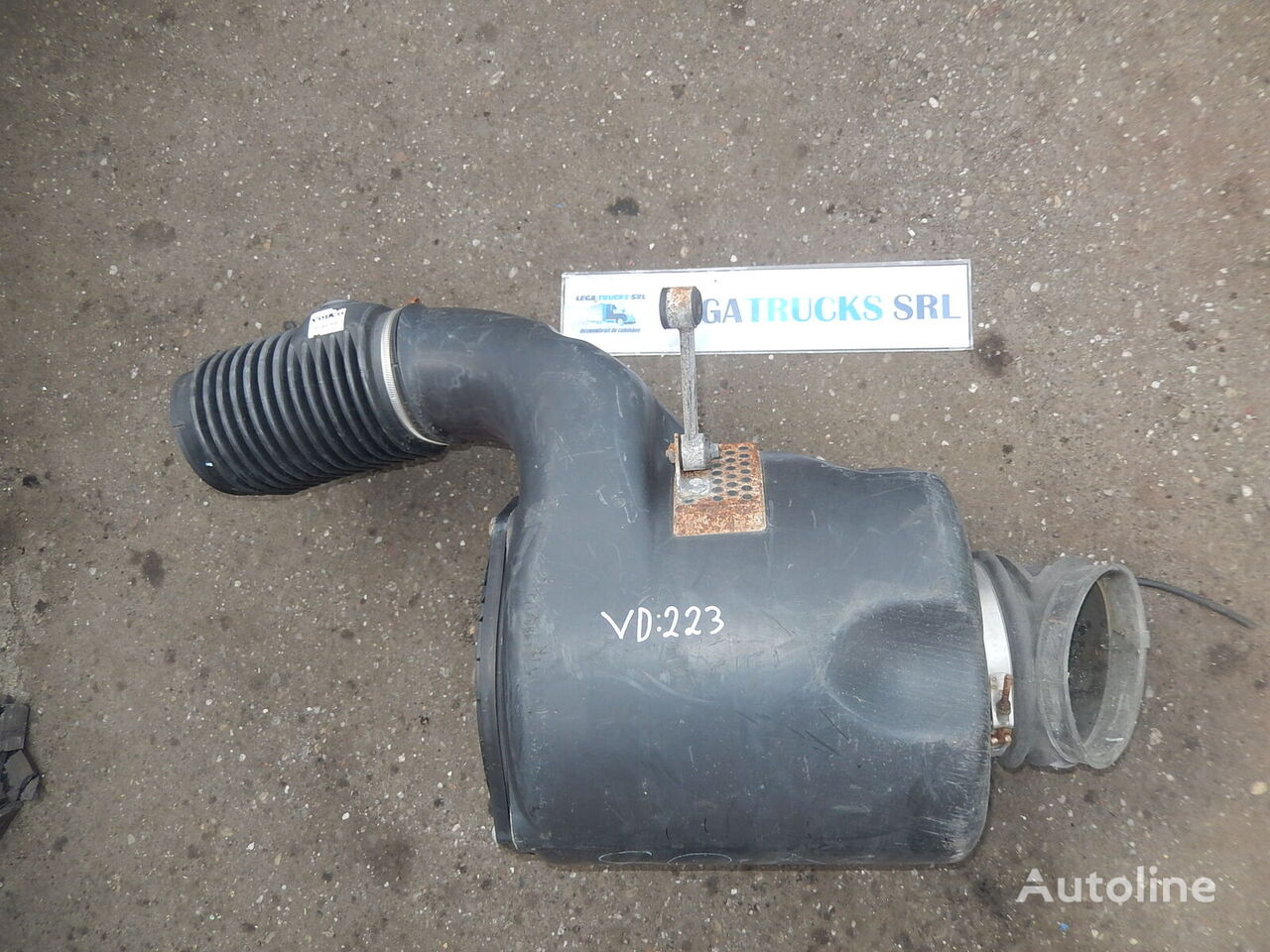 Tubulatura aer Volvo / VD223 / 39795056640 VOLVO Tubulatura aer / / 39795056640 other exhaust system spare part for VOLVO tractor unit