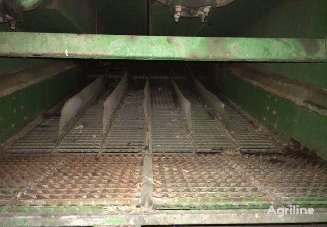Rozdzielacz other operating parts for JOHN DEERE 965 grain harvester