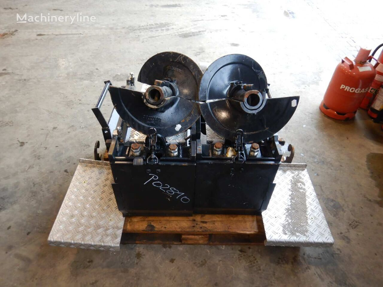 Anbauteile  EB 51 Gas/ 700 mm other operating parts for DEMAG DF 135 C asphalt paver