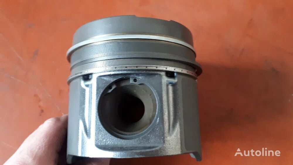 new MAN piston for commercial vehicle