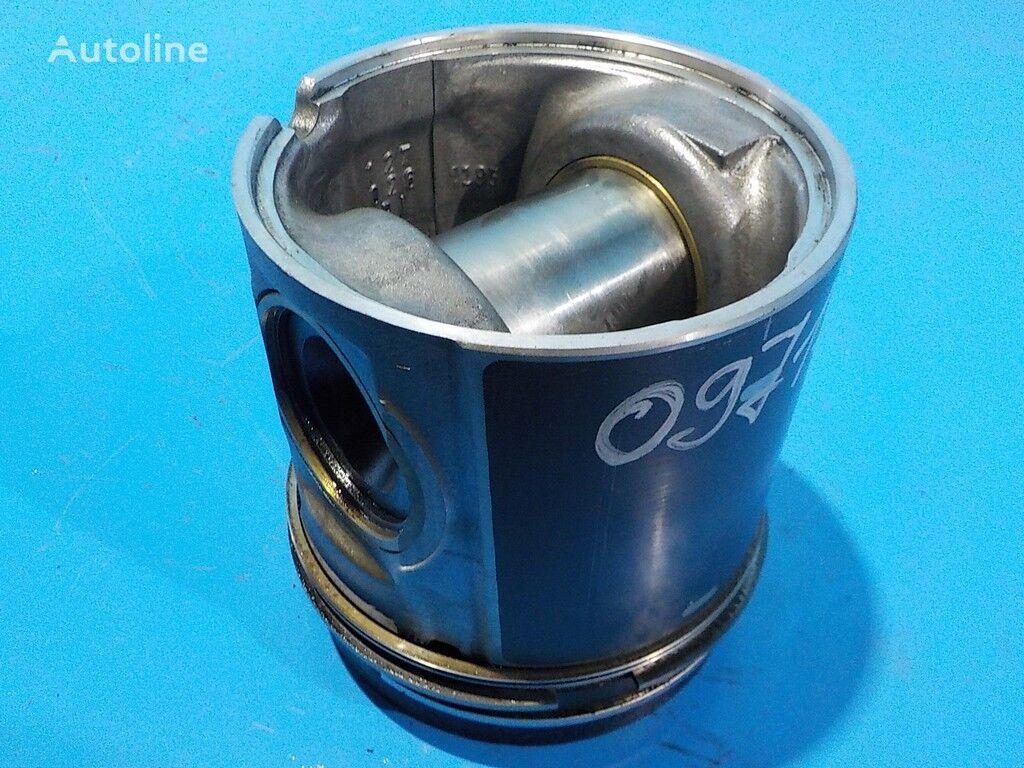 Porshen d127 (So vtulkoy porshnevogo palca) Scania piston for truck