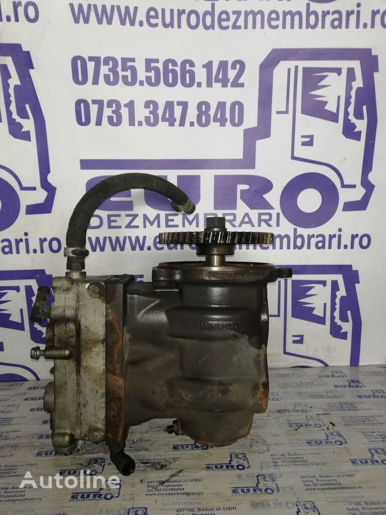 RENAULT pneumatic compressor for tractor unit