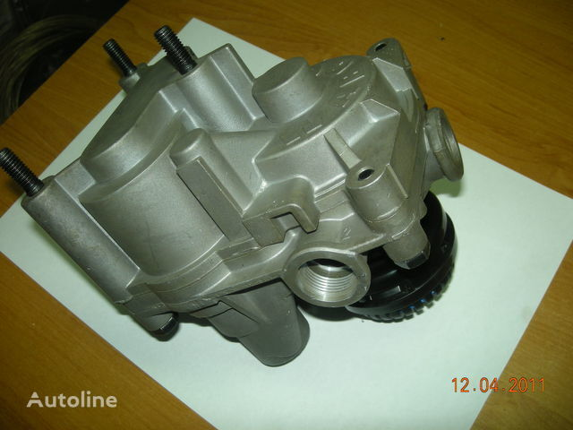 4802020040 0044268644MB 0054291244MB 0054296944MB 1315686DAF 410 (4802020040) pneumatic crane for tractor unit