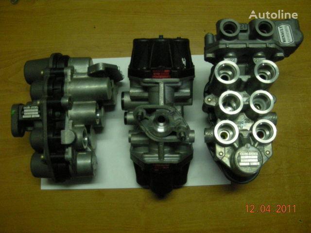 ZB4587 AE4510 AE4525 AE4502 AE 4528 AE4604 AE4162 pneumatic crane for tractor unit