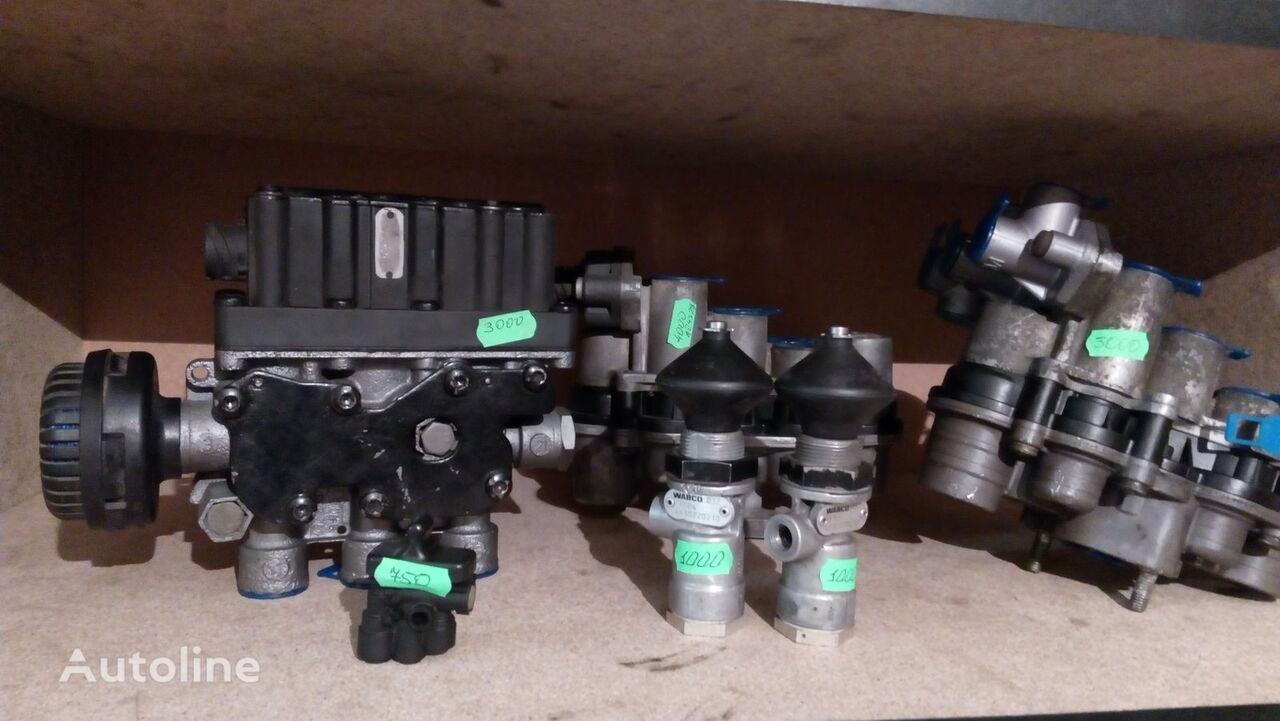 Remont pnevmatiki, pnevmaticheskih kranov gruzovyh avtomobiley. pneumatic crane for tractor unit