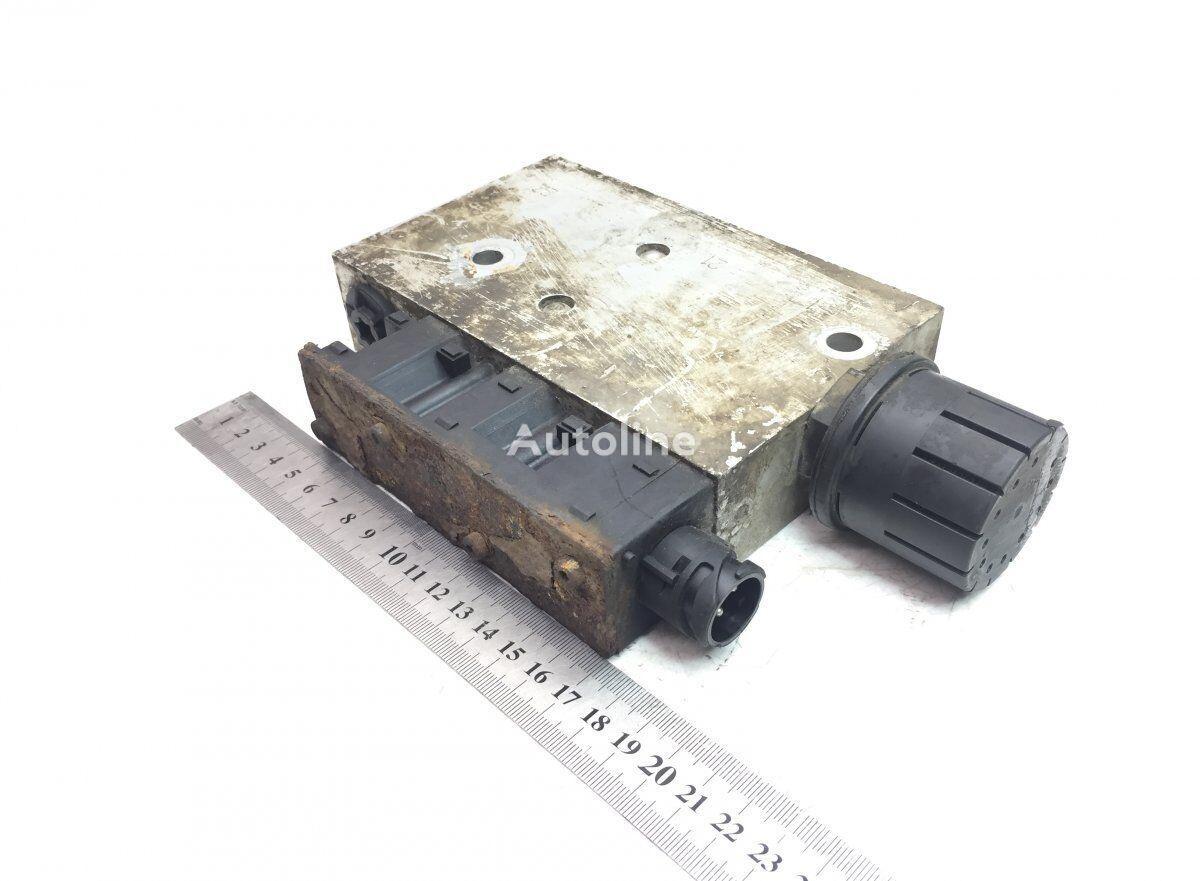 KNORR-BREMSE pneumatic valve for VOLVO B6/B7/B9/B10/B12/8500/8700/9700/9900 (1995-) bus