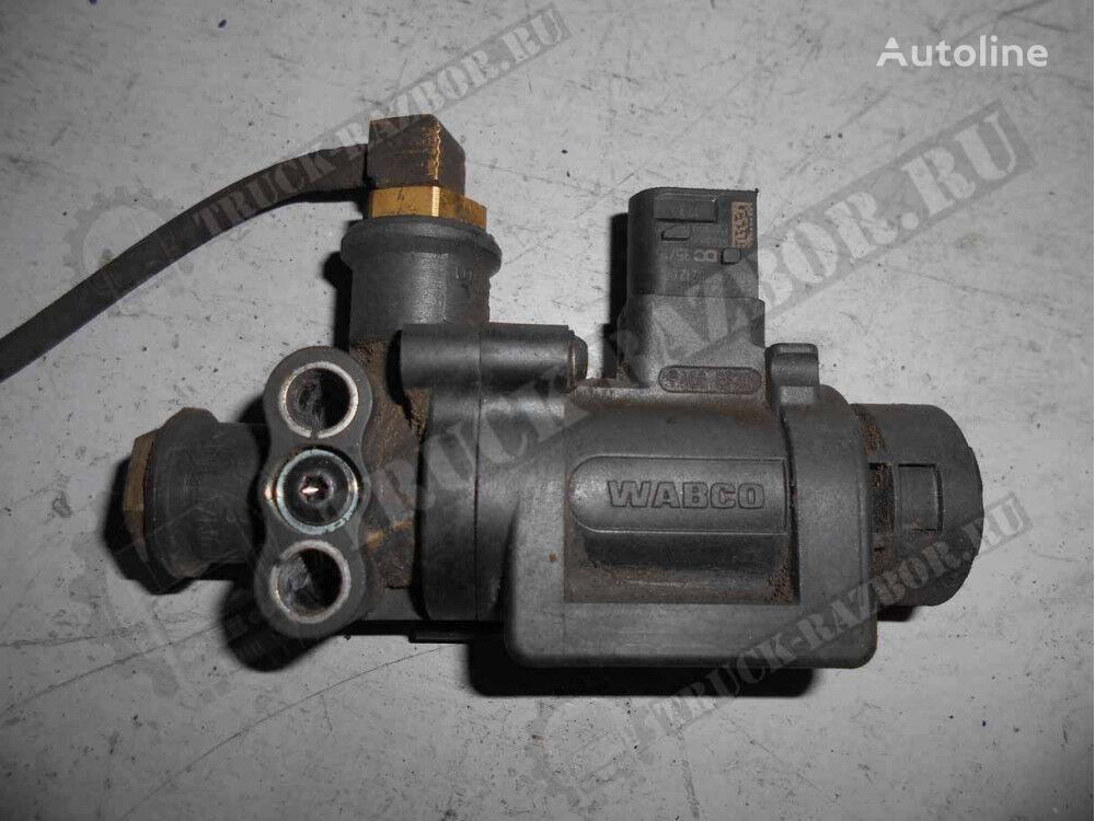 MERCEDES-BENZ pnevmaticheskoy sistemy (0009975212) pneumatic valve for MERCEDES-BENZ tractor unit