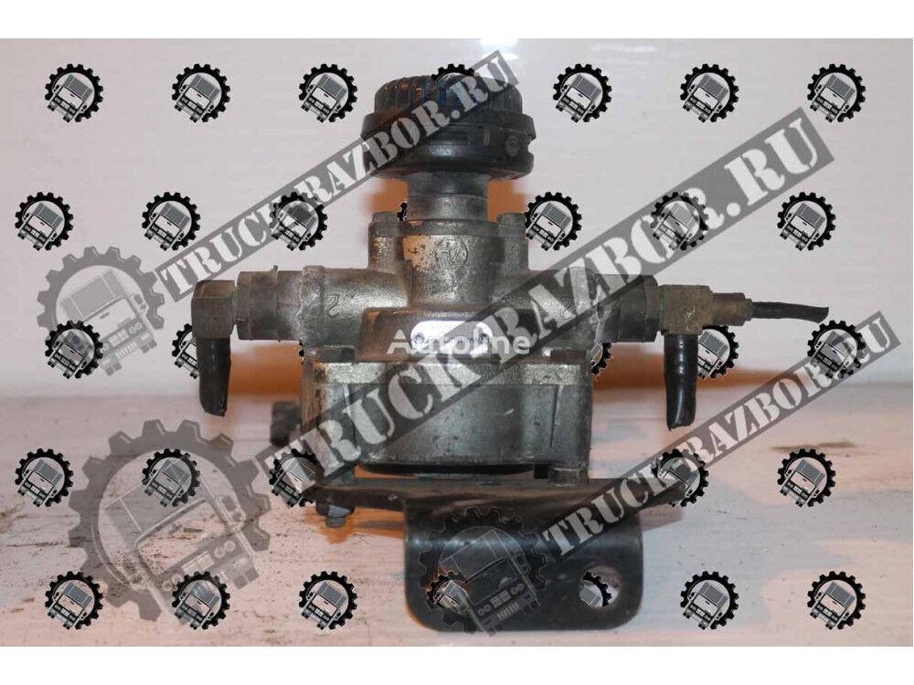 VOLVO Uskoritelnyy (9730030020) pneumatic valve for VOLVO FH tractor unit
