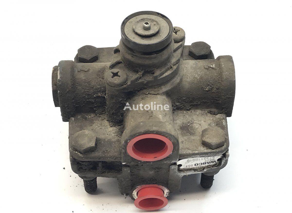 WABCO Footbrake Acceleration Valve (A0046293844) pneumatic valve for MERCEDES-BENZ Econic (1998-) tractor unit